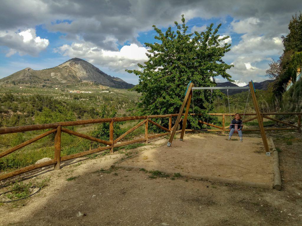Area reacreativa penáguila jardin de santos