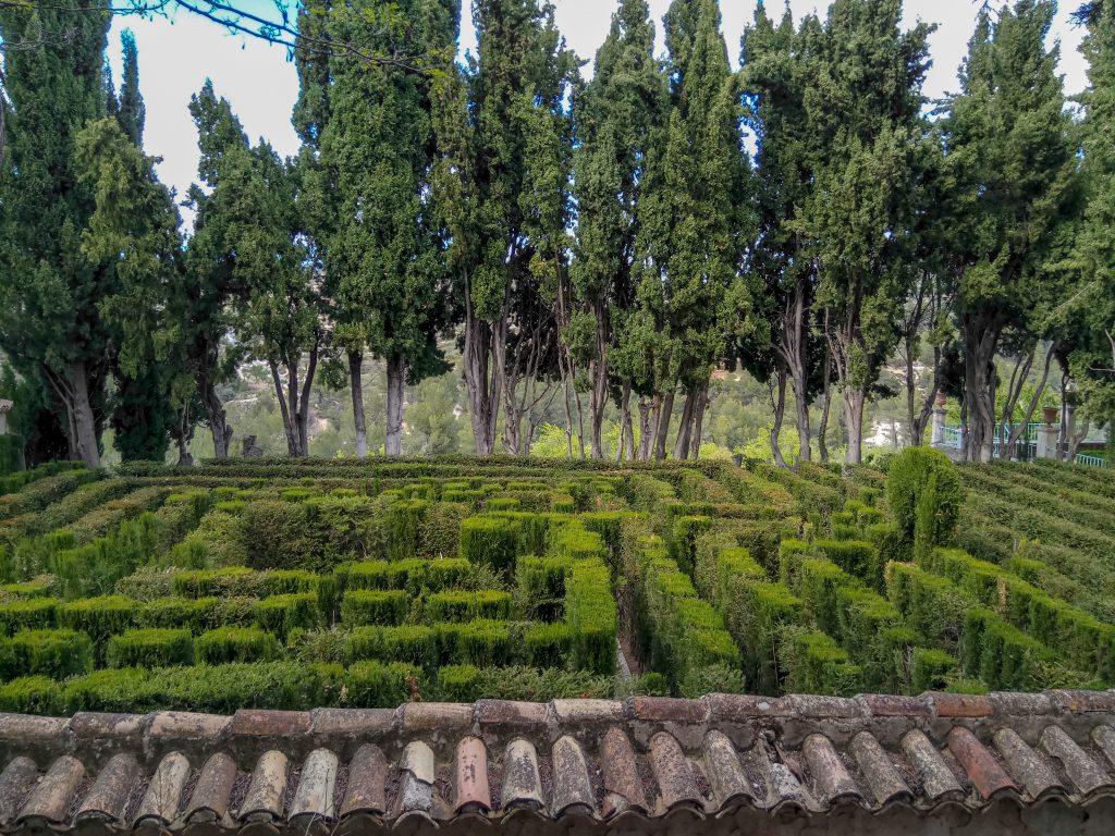 Alicante con niños: área recreativa penáguila jardín de santos