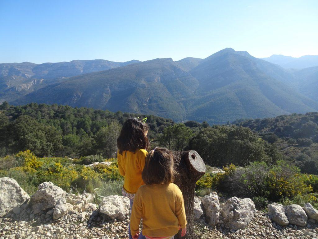 Vall de Laguar con niños